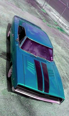 dodge charger classic cars and collectibles Dodge Muscle Cars, Muscle Cars Vintage, Vintage Cars, Classic Chevy Trucks, Classic Cars, Dodge Charger 1968, Hot Rods, Us Cars, American Muscle Cars