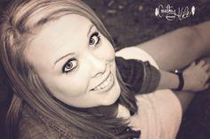 Senior   Courtney Holt Photography