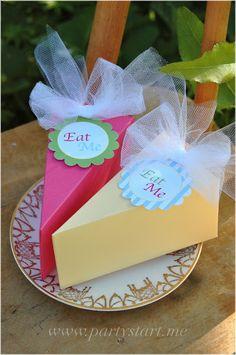 Alice in Wonderland Cake Slice Boxes