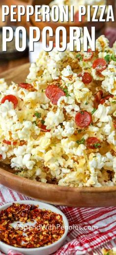 This homemade pepperoni pizza popcorn is a movie night special! Popcorn is covered in your faovrite pizza toppings including cheese and baked just until melted! This savory recipe is an easy snack time win! Pizza Flavors, Pizza Recipes, Appetizer Recipes, Cooking Recipes, Healthy Recipes, Appetizers, Skillet Recipes, Cooking Tools, Popcorn Recipes