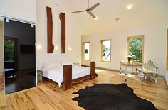 Top Rustic and Modern Wooden Bed Frames for a Stylish Bedroom: Modern Bedroom Design With Rustic Decorated Bed ~ anahitafurniture.com Bedroom Design Inspiration