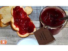 Malinový džem bez peciček je mírně kyselkavý a hooodně dobrý