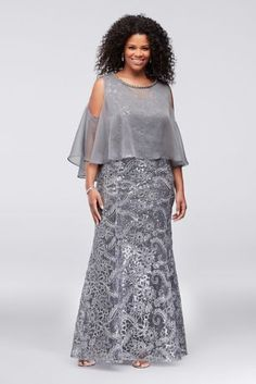 Piped flowers and sparkling sequins shine atop this plus-size tank sheath dress, while a jewel-embellished chiffon cold-shoulder capelet adds an extra bit of dimension. By Ignite Polyester Back zip Mother Of The Bride Plus Size, Mother Of The Bride Gown, Mother Of Groom Dresses, Plus Size Long Dresses, Plus Size Wedding Guest Dresses, Plus Size Outfits, Long African Dresses, Latest African Fashion Dresses, Chifon Dress