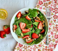 Salata de spanac cu capsuni