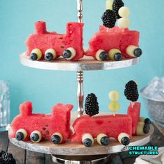 Video: instead of making a typical fruit salad recipe, i'm building a watermelon fruit train. Trains Birthday Party, Train Party, 2nd Birthday, Birthday Ideas, Ring Der O, Watermelon Fruit, Edible Crafts, Mango, Fruit Salad Recipes