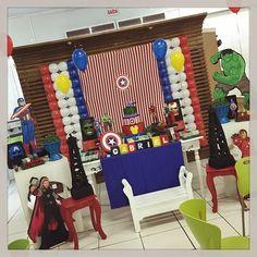 Hoje é dia de parabéns a você para o Gabriel, filho da Juliana e do Gilson Costanzo Júnior! O tema? Os Vingadores! #vingadores #festamenino #kidsparty #avengers #ratchimbum #novaodessa #diafeliz