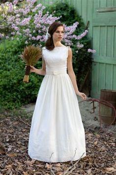 Vintage 1960s Lace & Cotton Wedding Dress - Size 2 | Cotton ...