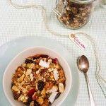 Recept: Granola l made by ellen Healthy Baking, Healthy Snacks, Healthy Recipes, Healthy Diners, Happy Foods, My Favorite Food, Food Inspiration, Love Food, Breakfast Recipes