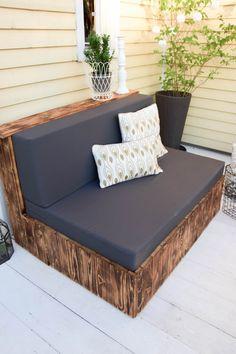 Flambierte DIY Sitzmöbel aus Paletten! Der einfache und günstige ...