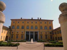 ModaeStyle: Alle porte di Milano, in visita a Cuggiono e Villa...