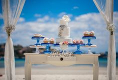 Styling: One Lovely Day, Cake and Sweets by Sweet Bloom Cakes, Photography by Kat Cvet Photography