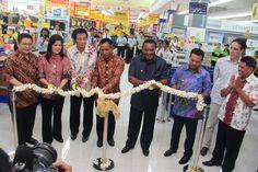 Pembukaan Hypermart Maluku City Mall 23 Mei 2013