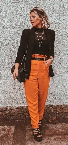 Musa do estilo: Lau Lopes - Guita Moda Jennifer Lopez, Short Girls, Parachute Pants, New Look, Ideias Fashion, Cool Outfits, My Style, Beauty, Nails