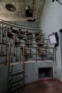 The Tub; County Morgue © opacity.us