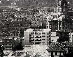 Architecture rationaliste : Casa del Popolo Ex Casa del Fascio (1932-1936) Come. Architecte : Giuseppe Terragni.