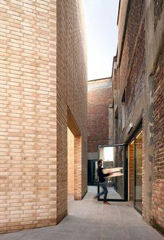 HIC Arquitectura » 51N4E > Buda Art Center