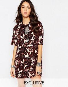 Vestido estilo camiseta con estampado de hojas de Reclaimed Vintage