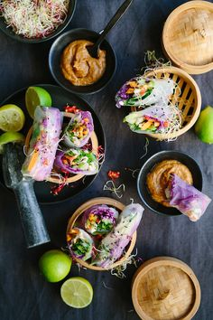 Vietnamese Chicken & Vegetable Spring Rolls with Peanut Sauce |  Fresh, crunchy, beautiful to look at and oh-so-delicious Vietnamese spring rolls  @thefoodfox