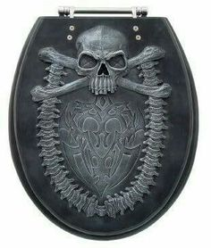 Skull Toilet Seat Housewarming gift when Kate gets her own place Skull Decor, Skull Art, Pirate Bathroom, Halloween Bathroom, Gothic Furniture, Skull Furniture, Goth Home, Estilo Rock, Gothic Home Decor