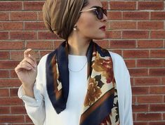 30 Modern and Stylish Hijab Wrap Ideas for Women with Oval Faces - Head Wraps Turban Hijab, Mode Turban, Islamic Fashion, Muslim Fashion, Modest Fashion, Hijab Fashion, Casual Hijab Outfit, Stylish Hijab, Modest Outfits