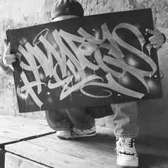 121 Me gusta, 1 comentarios - Andreas/Rhymedals crew (@rhymedalsfunk) en Instagram Graffiti Drawing, Graffiti Art, Font Tag, Graffiti Tagging, Street Graffiti, Lettering Styles, Sprays, Walls, Typography