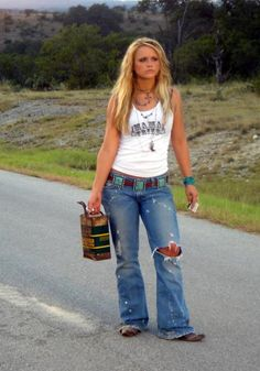 <3 worn out jeans and tank