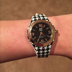 Price Firm Black And White Watch