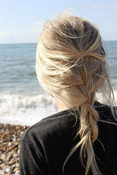 Looking for a surprising new hair color that's fit for any season? From blue pastel hair to cool shades of aqua, you'll love these light blue hair color ideas. Pretty Braided Hairstyles, French Braid Hairstyles, French Braids, Chic Hairstyles, Loose Hairstyle, Wedding Hairstyles, Blonde Hairstyles, Style Hairstyle, Beautiful Hairstyles