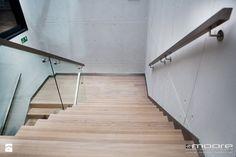 Imitacja betonu w siedzibie Cisowianki - zdjęcie od Studio Dekoracji Wnętrz…