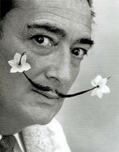 Dali a la fois poétique et amusant !