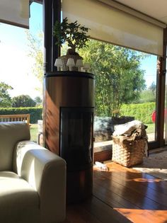 www.docer.net En Docer llevamos más de 35 años proyectando, instalando y manteniendo chimeneas, estufas y sistemas de calefacción.  #chimeneas