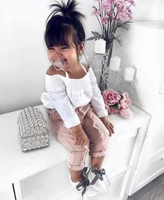 Cute Baby Girl Clothes Outfits Ideas - Cute Baby Clothes - - The most beautiful children's fashion products Fashion Kids, Little Girl Fashion, Toddler Fashion, Fashion Fashion, Infant Girl Fashion, Newborn Fashion, Babies Fashion, Fashion Clothes, Fashion Dresses