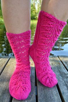 One Color, Colour, Fashion Socks, Drops Design, Hennin, Yarn Colors, Knitting Socks, Knit Crochet, Sewing