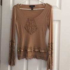 242cd6a5471dc5 Ideology lovely beige lace scoopneck top. New XS This is a stunning lace  ladies ideology