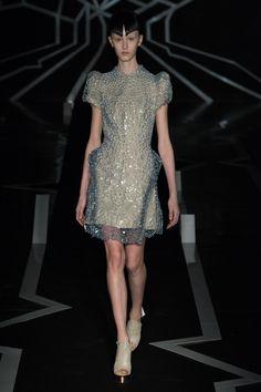 Iris van Herpen Spring 2017 Couture Fashion Show
