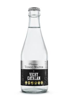 Nueva Premium Tonic Water by Vichy Catalán también en botella Tonic Water, Gin And Tonic, Mineral Water, Old Pictures, Glass Bottles, Packaging Design, Cocktails, Hummus, Barrel