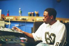 Pete Rock & His SP1200 And MPC2000XL
