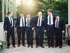 Navy Groomsmen Suits | photography by http://www.tracyenochphotography.com