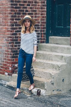 weekend style stripe tee and skinny jeans / Prosecco & Plaid