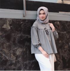 Hijab Fashion Summer, Abaya Fashion, Muslim Fashion, Fashion Wear, Skirt Fashion, Fashion Outfits, Hijab Style Dress, Casual Hijab Outfit, Hijab Chic