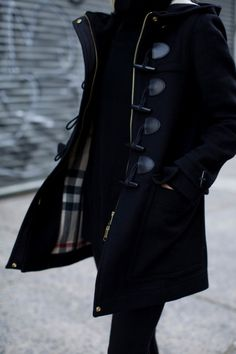 Burberry toggle coat...💜