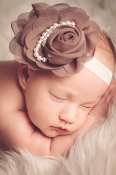 Newborn Photography Session Liferoad Beginnings » » Madelyn #newborn #photography