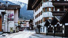 Coronavirus in Österreich: Das System Tirol |ZEIT ONLINE South Korea, South Africa, Spain And Portugal, Kenya, Belgium, Beautiful Places, Street View, Innsbruck, Pictures