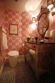 papier peint feminin salle de douche