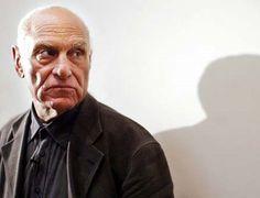Richard Serra, escultor minimalista estadounidense conocido por trabajar con grandes piezas de acero corten. Premio Príncipe de Asturias de las Artes, 2010.