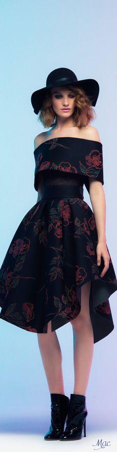 Fall 2016 Ready-to-Wear Saiid Kobeisy