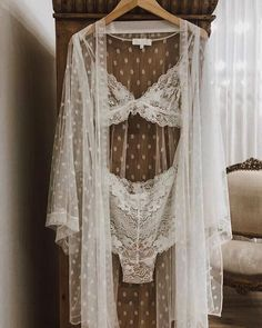 Best bridal lingerie for your wedding day and honeymoon Jolie Lingerie, Lingerie Outfits, Pretty Lingerie, Luxury Lingerie, Lingerie Sleepwear, Bridal Nightwear, Luxury Nightwear, French Lingerie, Lingerie Underwear