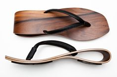 Wave - Luoto Sole made of Finnish birch, rosewood surface, thin black leather strap. Price: 196,77€