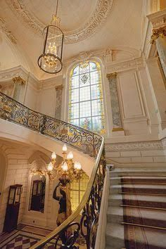 Resultado de imagen para corridor of the hotel shangri la paris
