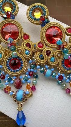 earrings soutache & beadembroidery   design by Daniela Cipolla Shibori, Beaded Jewelry, Handmade Jewelry, Maxi Collar, Ribbon Art, Soutache Earrings, Beaded Embroidery, Beading Patterns, Jewerly